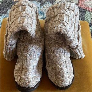 Muk Luks Sock Boots Size 10